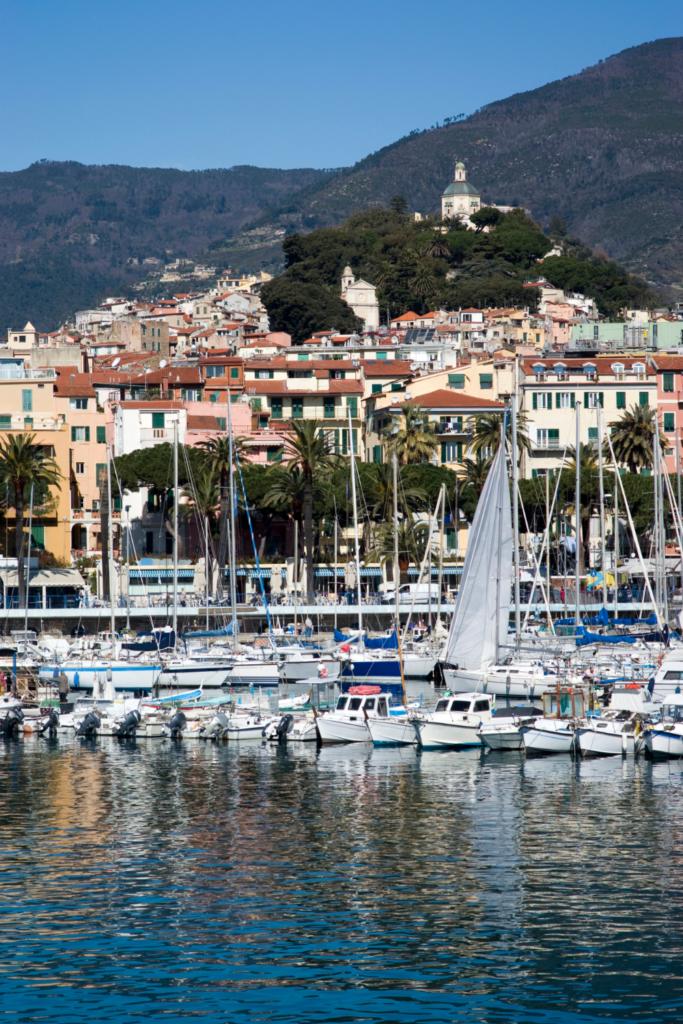 Liguria- Sanremo- Vista dal porto